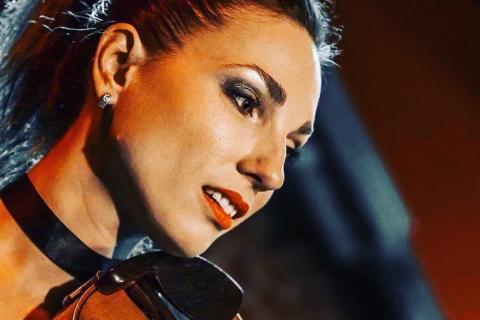 Czarująca-skrzypaczka-Marta-1