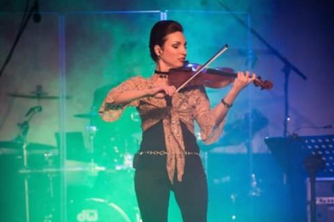 Czarująca-skrzypaczka-Marta-4
