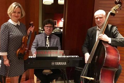 Golden-Swing-Trio-5