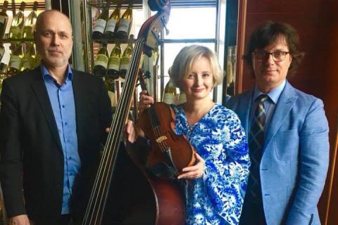 Golden-Swing-Trio-6