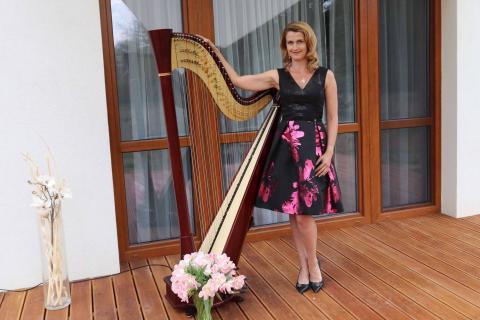 Harfistka-Oktawia-4