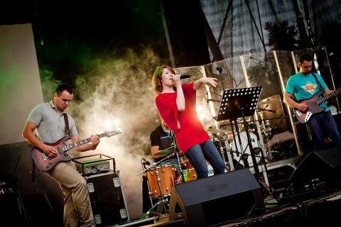 Live-Music-Band-12