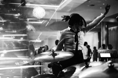 Live-Music-Band-3