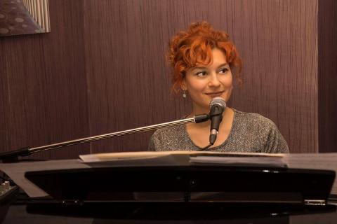 spiewajaca-pianistka-5