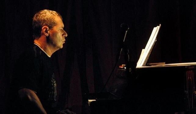 Śpiewający Pianoman